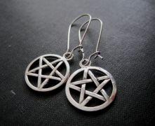 Supernatural (Lovci duchů) náušnice pentagram