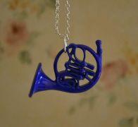 Jak jsem poznal vaši matku - náhrdelník modrý lesní roh
