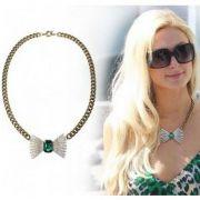 Paris Hilton náhrdelník