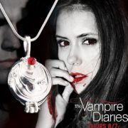Vampire Diaries (Upíří deníky) - Elenin náhrdelník (stříbrná)