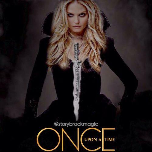 Bylo, nebylo (Once Upon a Time) - náhrdelník dýka Temná Emma Swan