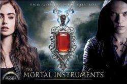The Mortal Instruments - náhrdelník Isabelle