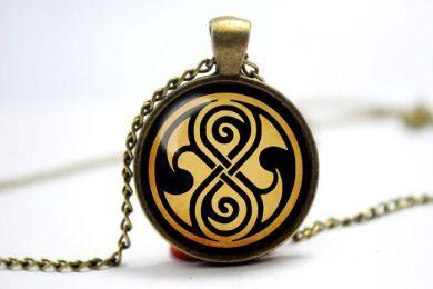 Doctor Who (Pán času) náhrdelník pečeť Rassilon