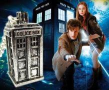 náhrdelník Doctor Who Tardis 3D