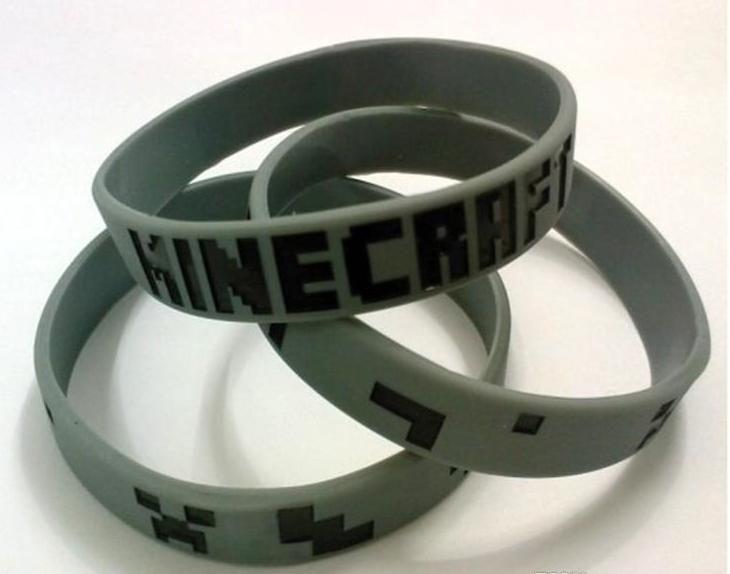 Silikonový náramek Minecraft