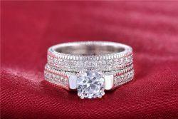 Prsten s diamantem a křišťály / set dvou prstenů