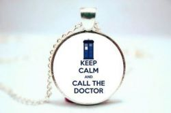 náhrdelník Doctor Who - Keep Calm and Call The Doctor
