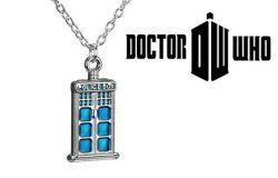 náhrdelník Doctor Who - Tardis (malá)