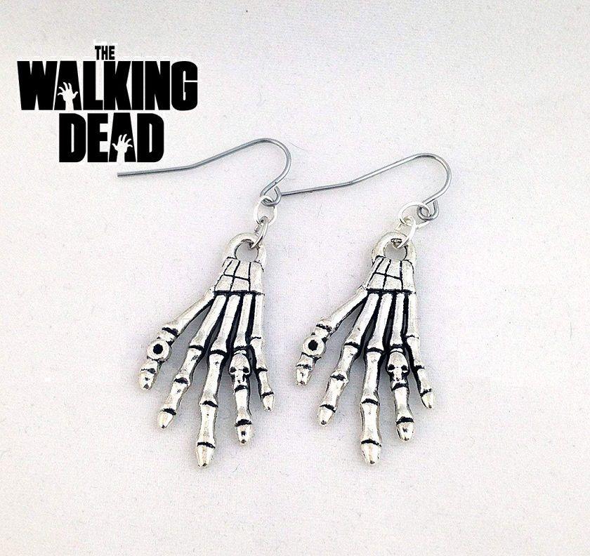The Walking Dead (Živí mrtví) - náušnice Ruka kostlivce