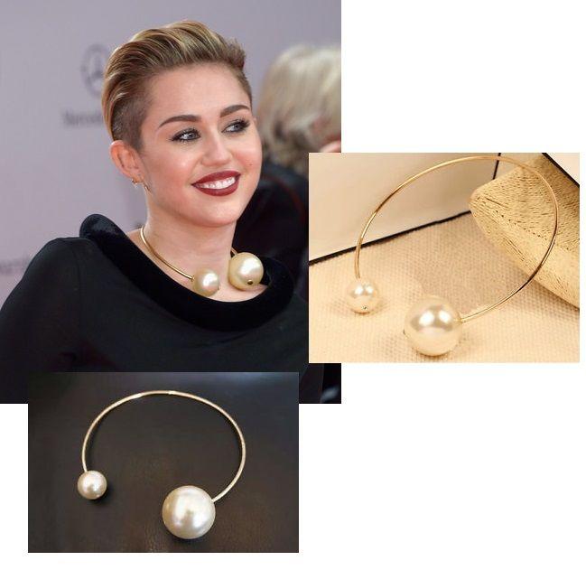 Miley Cyrus - perlový náhrdelník / obojek s perlami