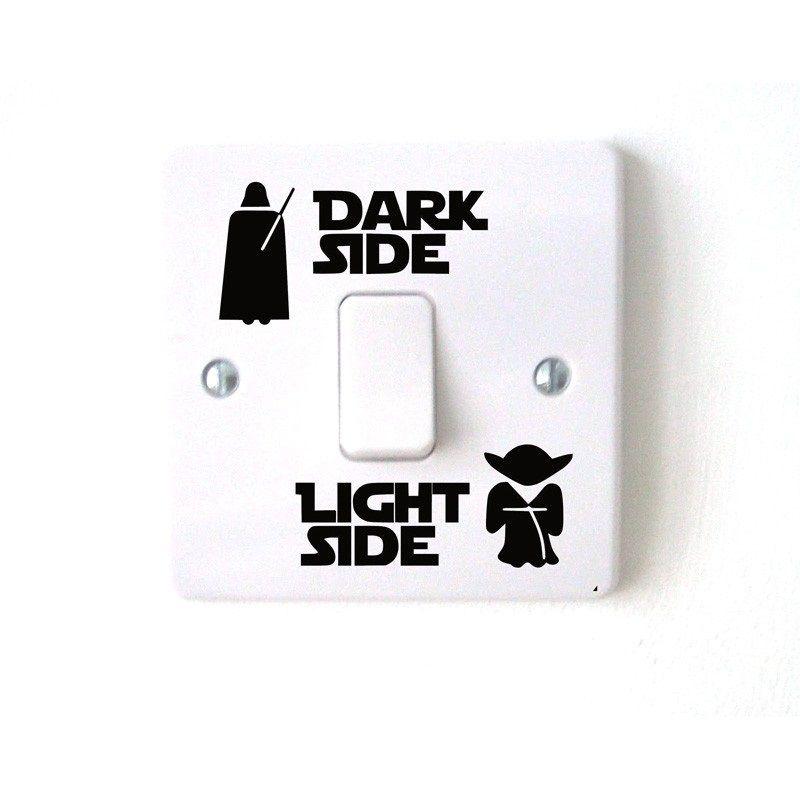 vinylová samolepka Star Wars na vypínač Dark/Light Side