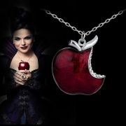 Náhrdelník otrávené jablko zlé královny Bylo nebylo (Once Upon A Time)
